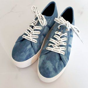 NWOT Juicy Couture Denim fashion sneakers Size 8